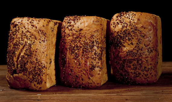 Gluten Free Soy & Linseed Loaf 900g