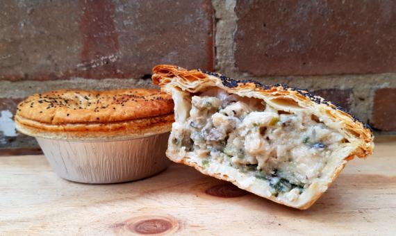 Chicken Fricassee <br /> Pie