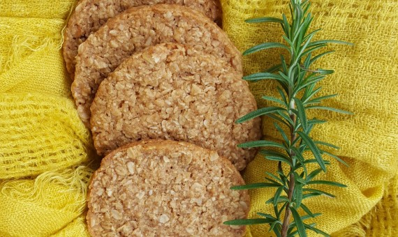 Traditional <br> Anzac Biscuit